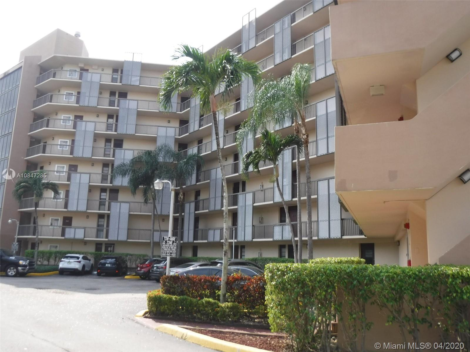 3101 N Country Club Dr #106 For Sale A10847285, FL
