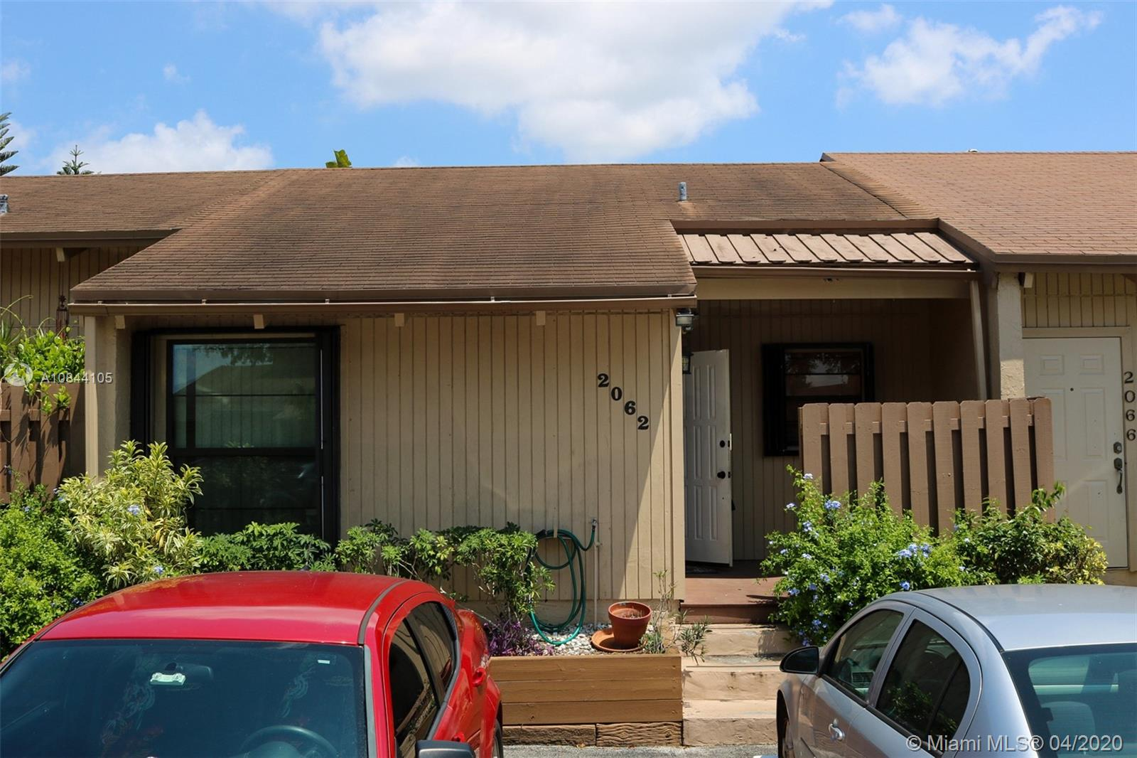 2062 SW 82nd Ave  For Sale A10844105, FL