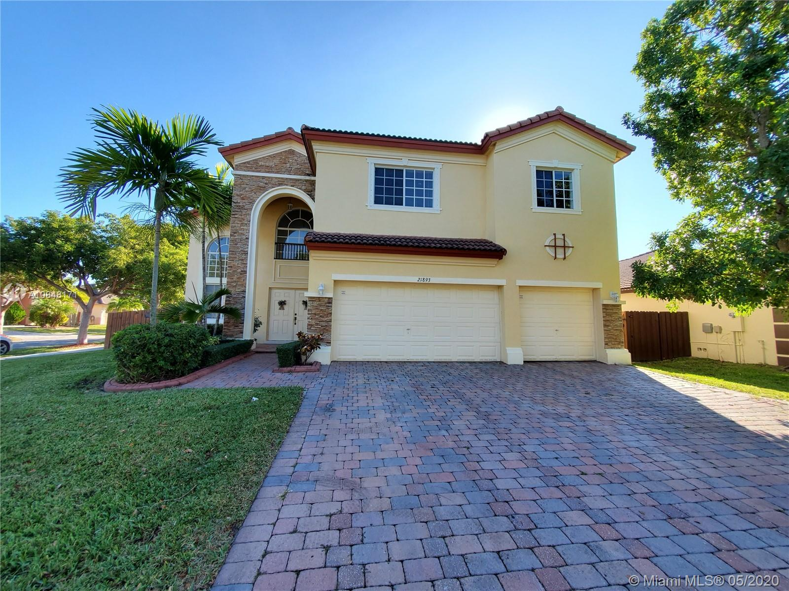21893 SW 95th Pl  For Sale A10848171, FL