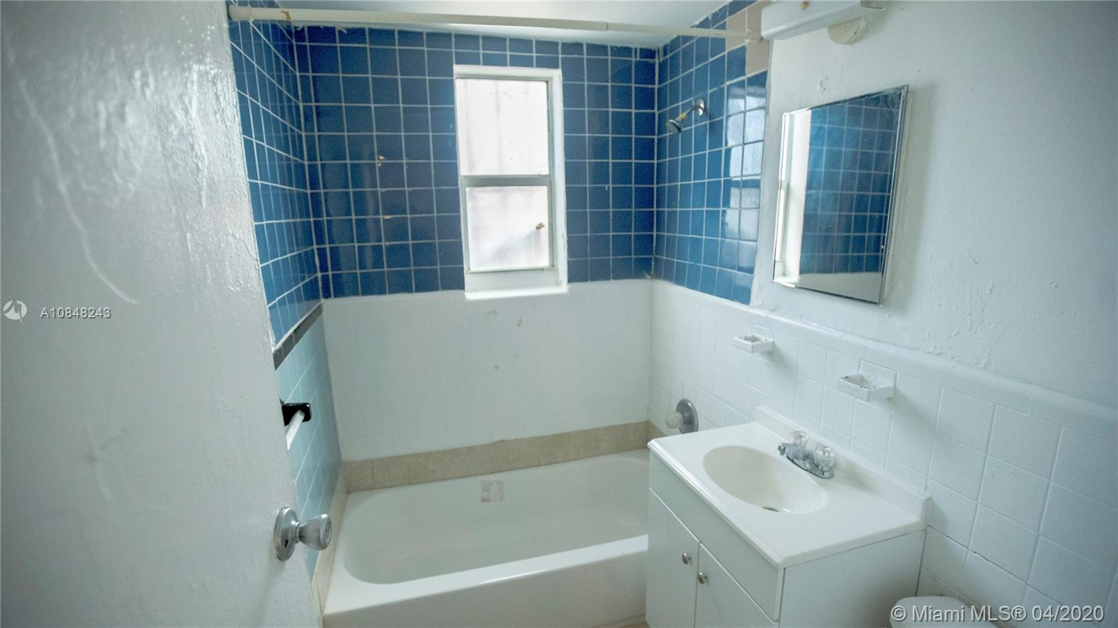 825 NW 70th St #10 For Sale A10848243, FL