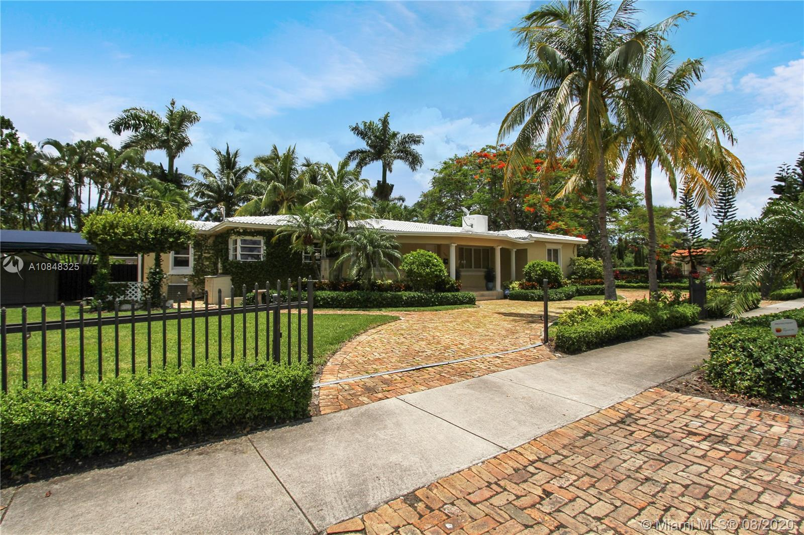 1357  Monroe St  For Sale A10848325, FL