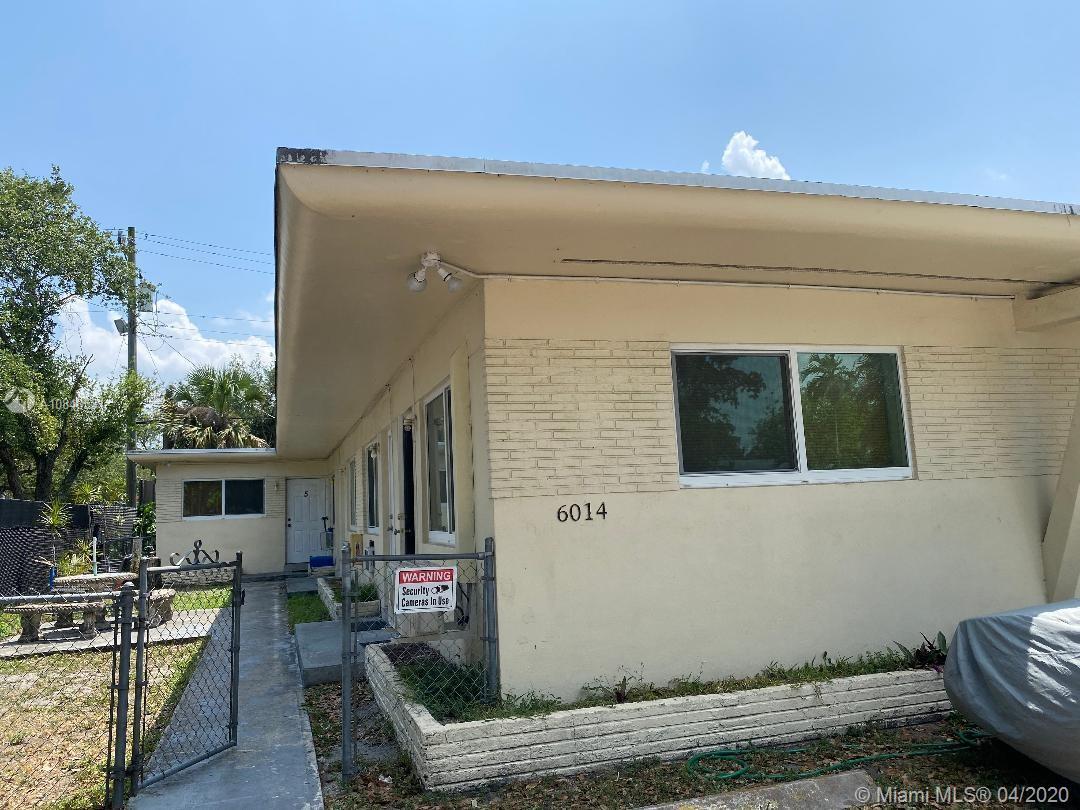 6014  Rodman St  For Sale A10848531, FL