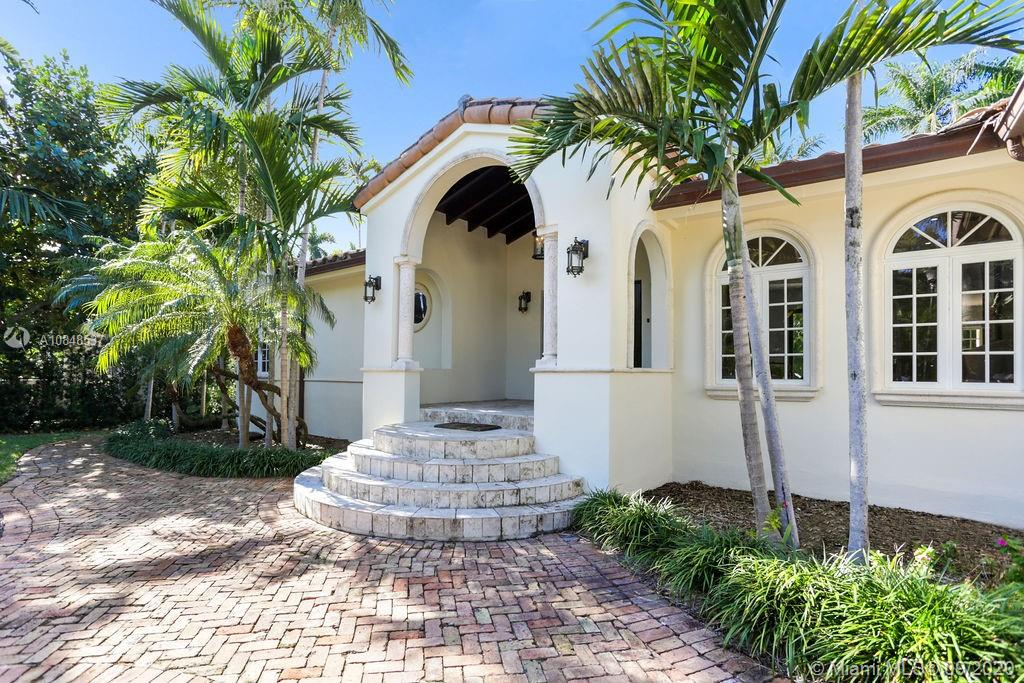 2532  Lake Ave  For Sale A10848537, FL
