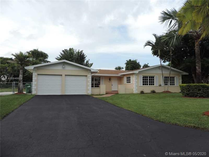 8885 SW 182nd Ter  For Sale A10848670, FL