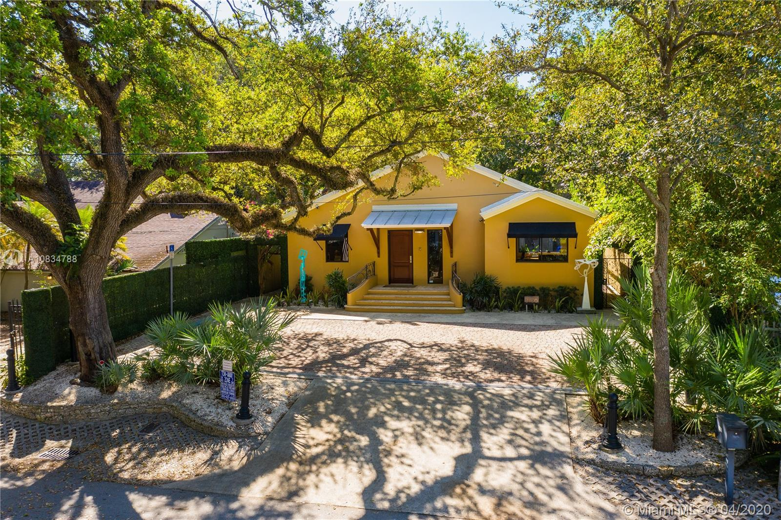 3160  Florida Ave  For Sale A10834788, FL