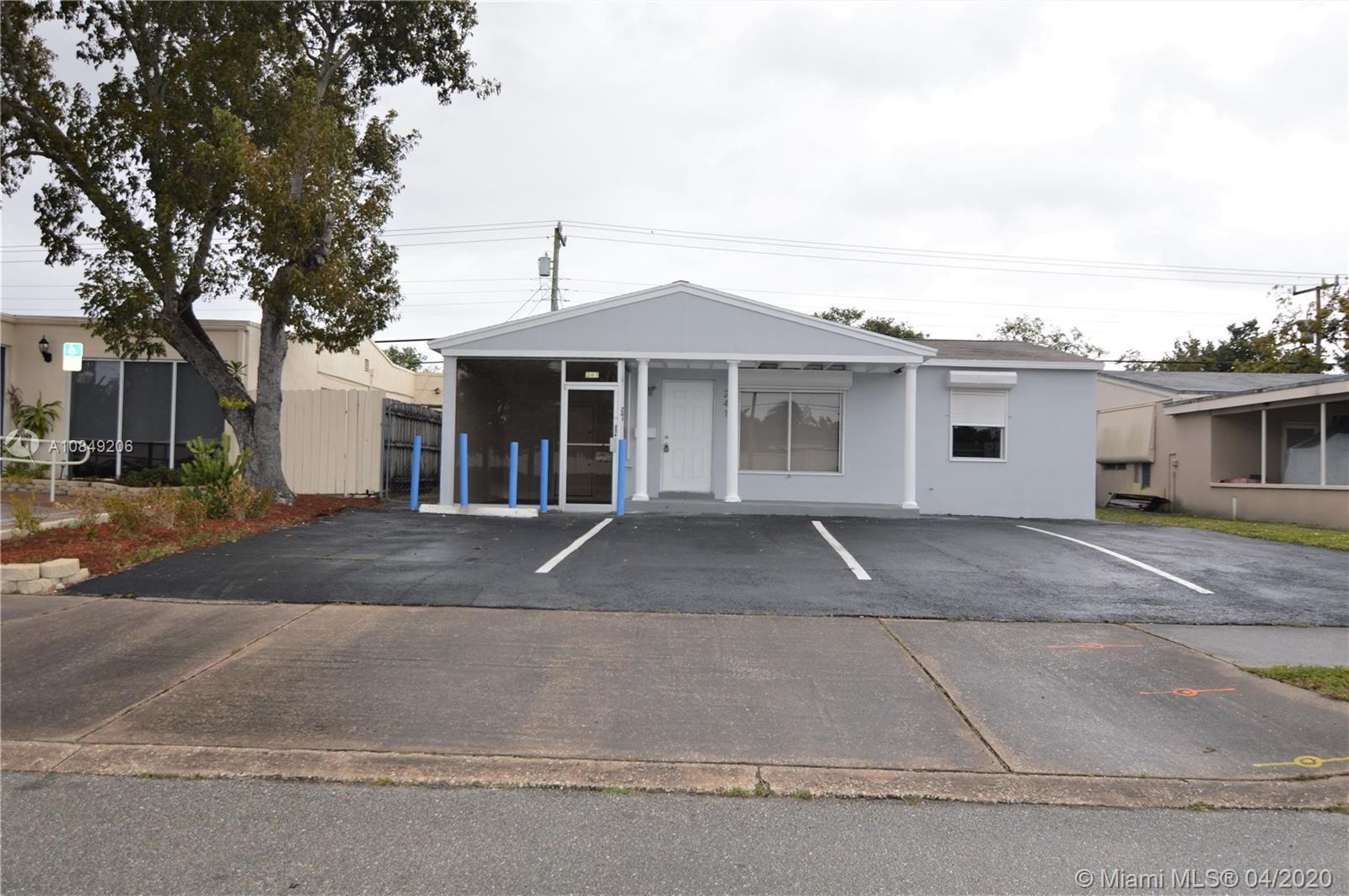 Beautiful renovated mix used residential and commercial Property, located on E Commercial Blvd, Very Attractive Building,Heavy Traffic, 5 offices, conference room,kitchen, central a/c, plenty of storage, parking spaces, fenced in backyard. Owner will consider to lease at $2500.