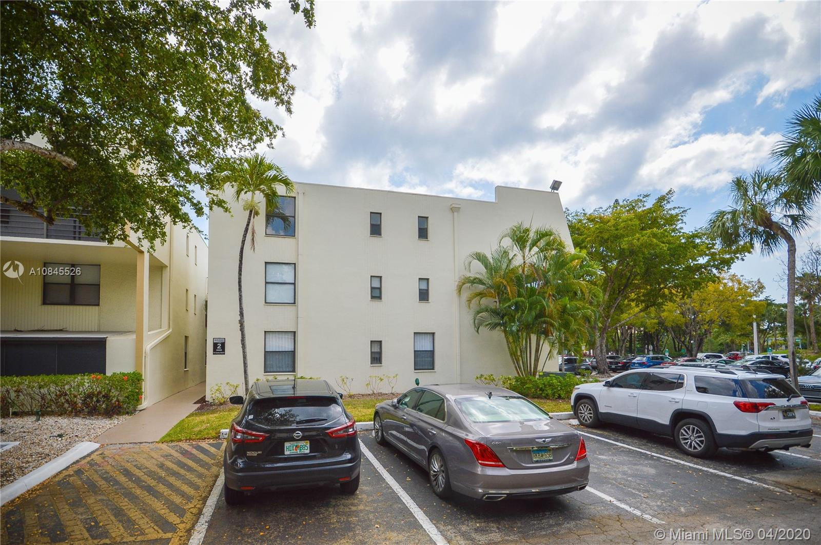20200 W Country Club Dr #PH24 For Sale A10845526, FL
