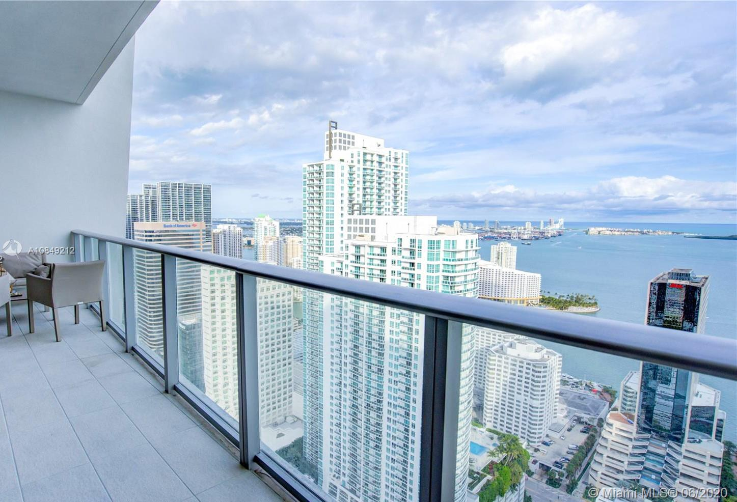 Wonderful unit in the heart of Brickell! 2 BED/3 BATHS + DEN that can easily convert in 3rd bedroom. Privet direct elevator. Marble floors, custom made closets, open kitchen with top of the line appliances. Ocean and Skylines view. 1 assigned parking space and valet parking. Gorgeous amenities, Rooftop Pool deck in 50th floor, Movie Theater, BBQ Area, Cabanas, Spa with Steam bath, Sauna, Indoor Pool, Gym, Aerobics Room, Great Children Play Area, Basketball Court, Squash Court, Party Room , Running Track, Mini Soccer and much more/