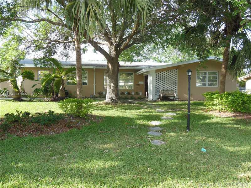 7331 SW 135th Ter  For Sale A10847656, FL