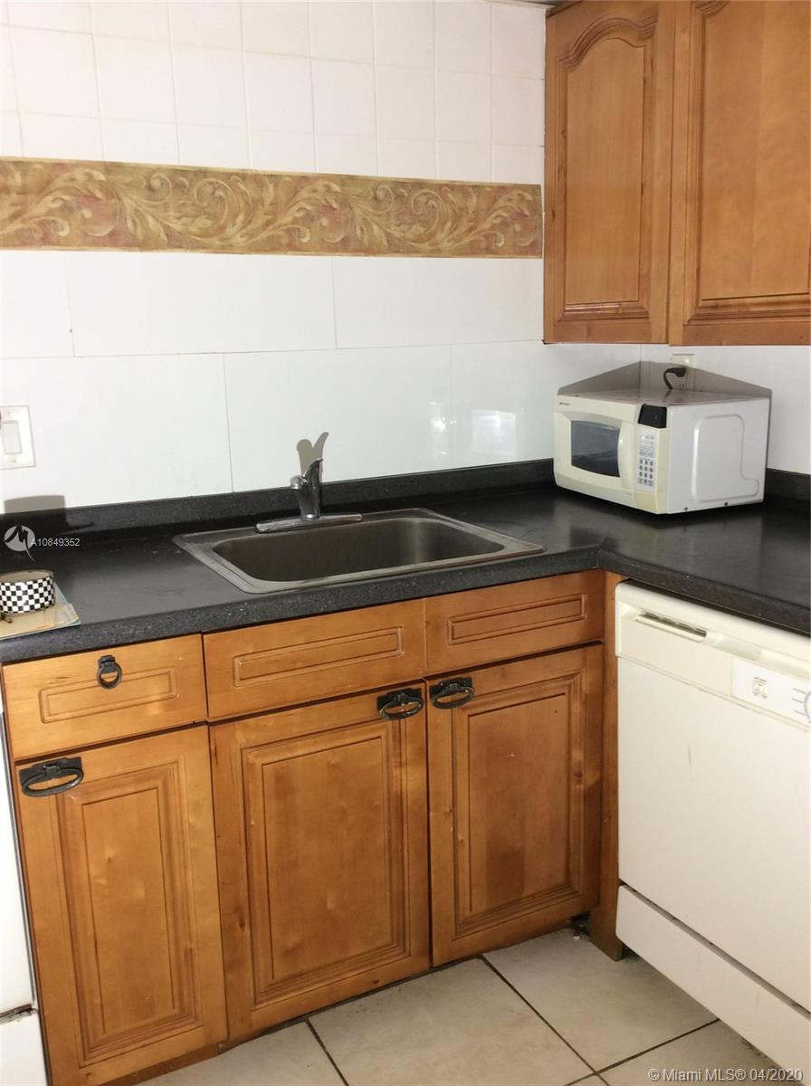1825 W 44th Pl #309 For Sale A10849352, FL