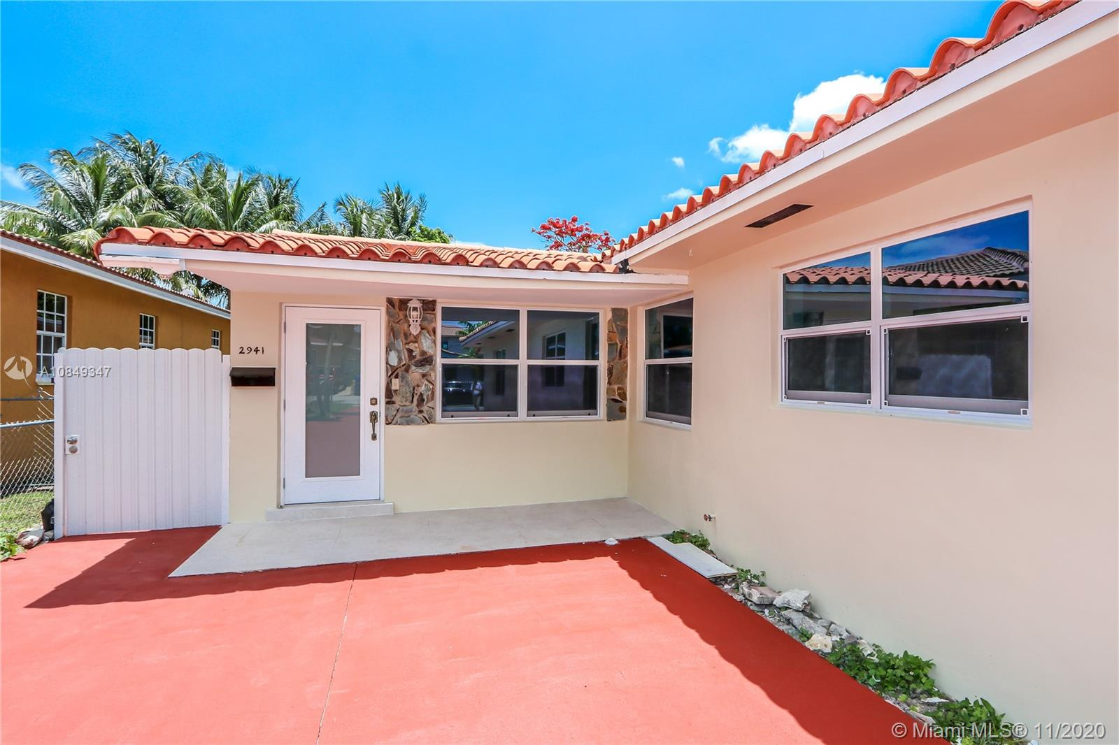 2941 SW 36th Ave #FRONT For Sale A10849347, FL