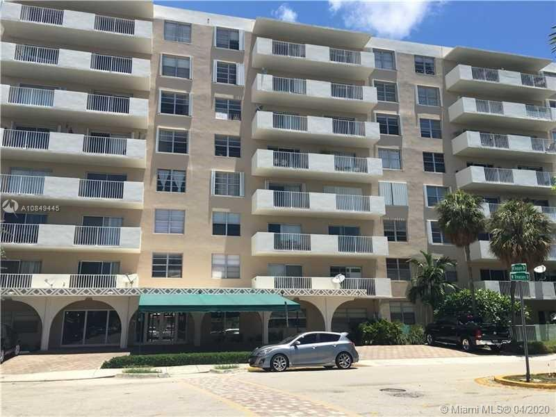 1455 N Treasure Dr #2J For Sale A10849445, FL