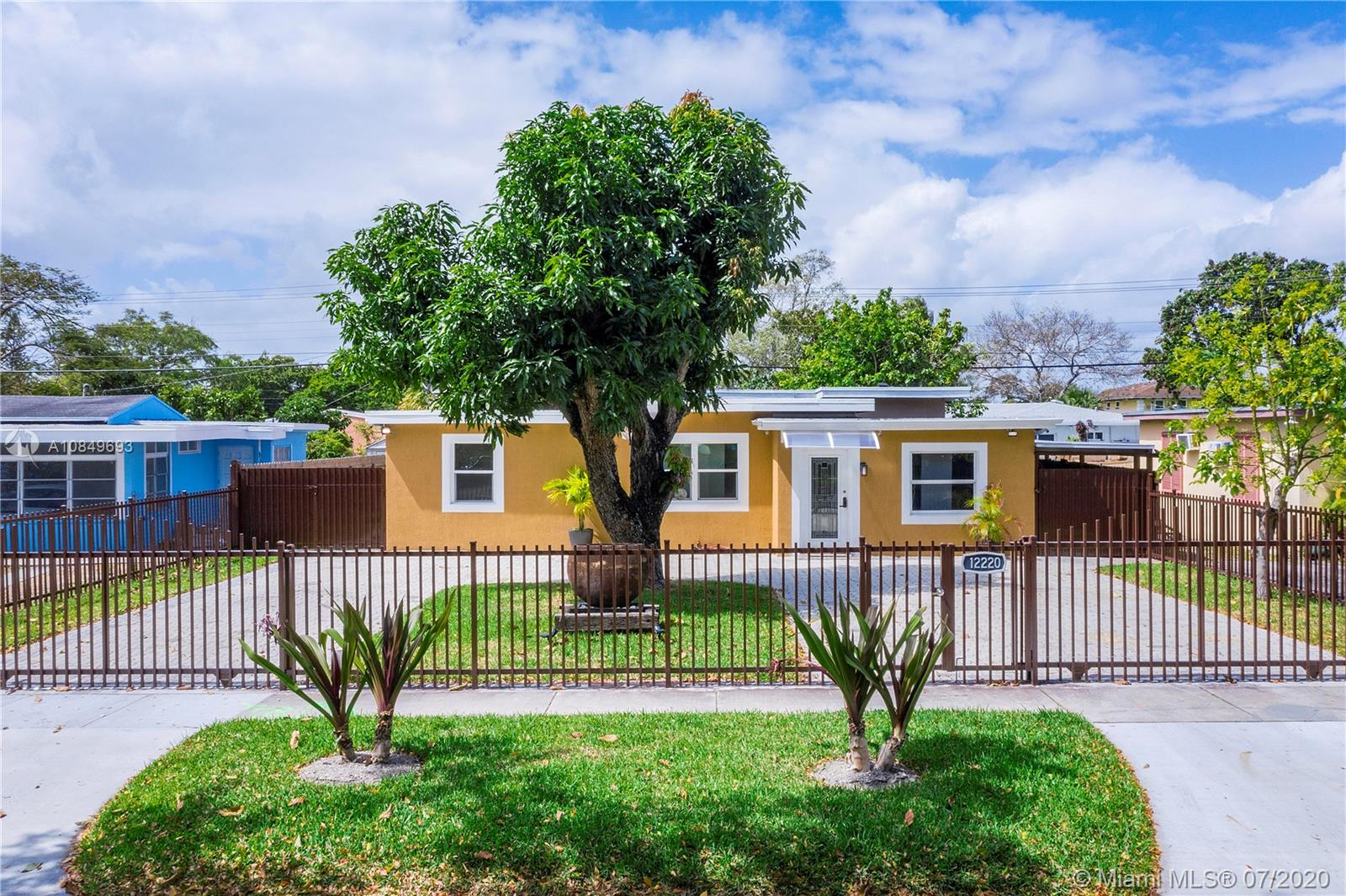 12220 NW 1st Ct  For Sale A10849693, FL