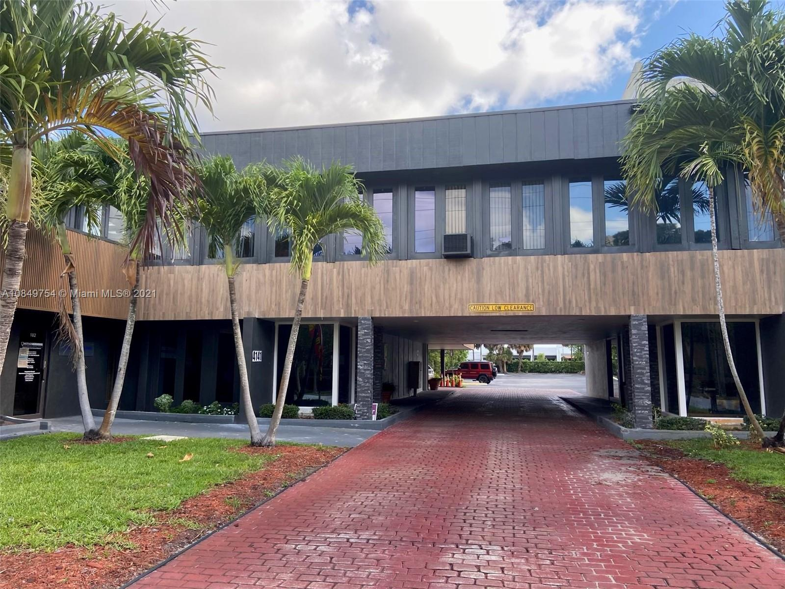 4121 NW 5th St  For Sale A10849754, FL