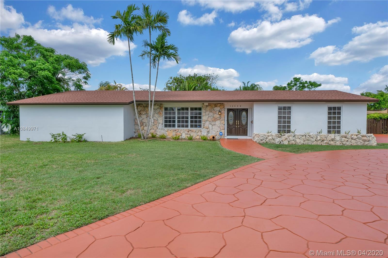 13622 SW 101st Ave  For Sale A10849971, FL