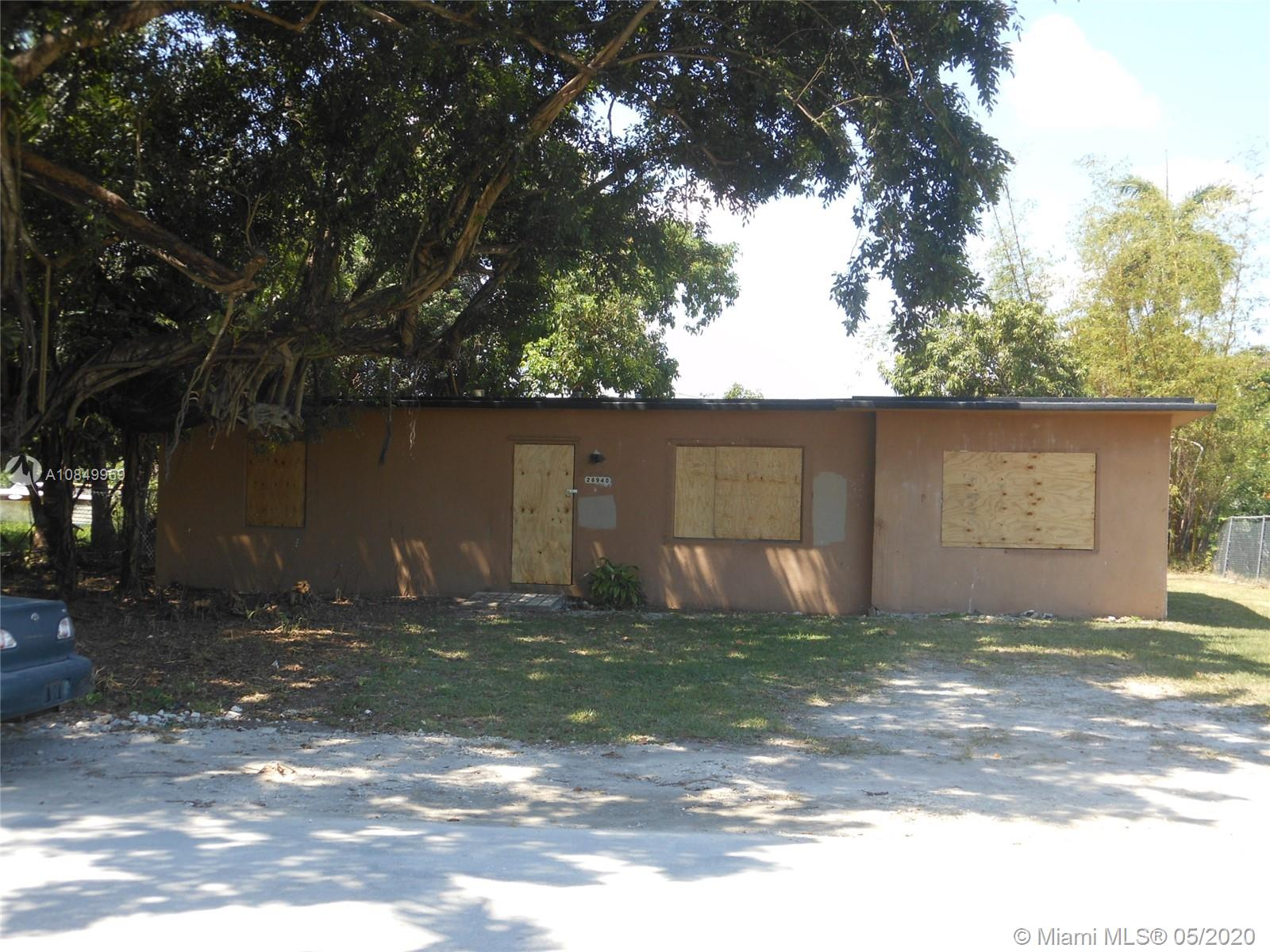 28940  Maine Rd  For Sale A10849959, FL
