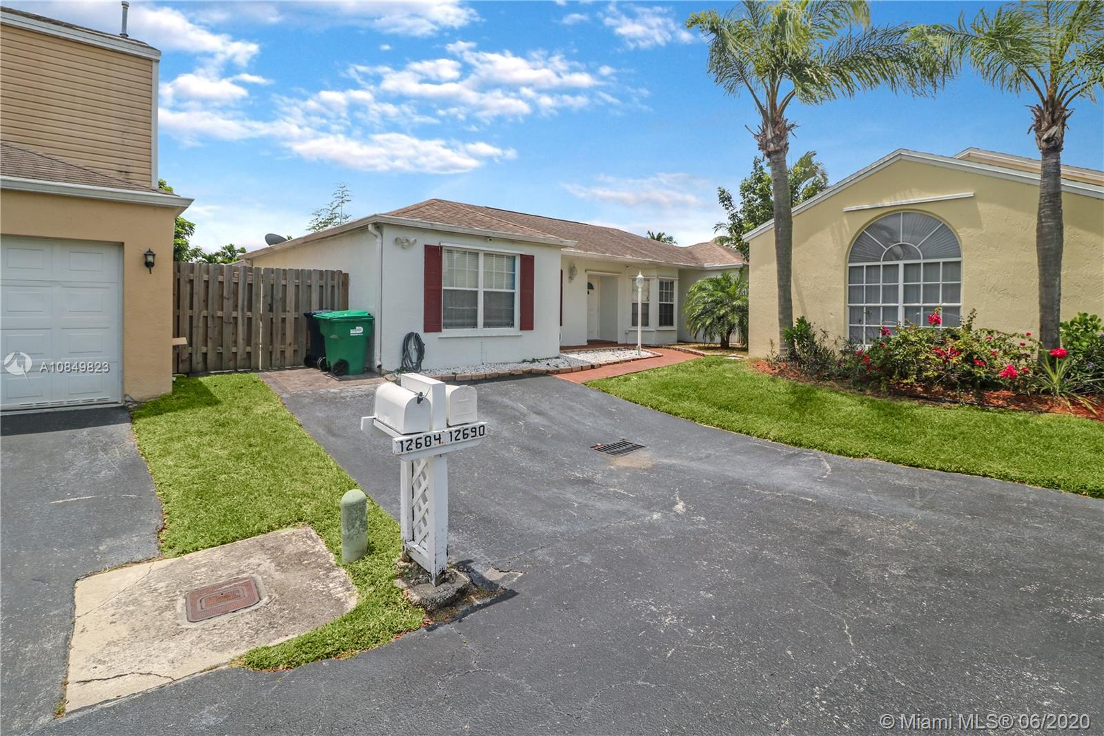 12690 SW 144th Ter  For Sale A10849823, FL