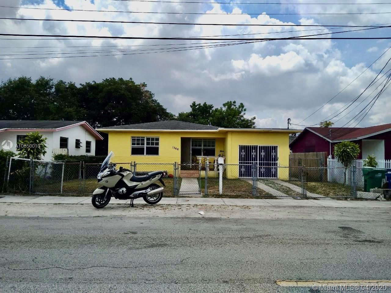 1366 NW 75th St  For Sale A10850010, FL