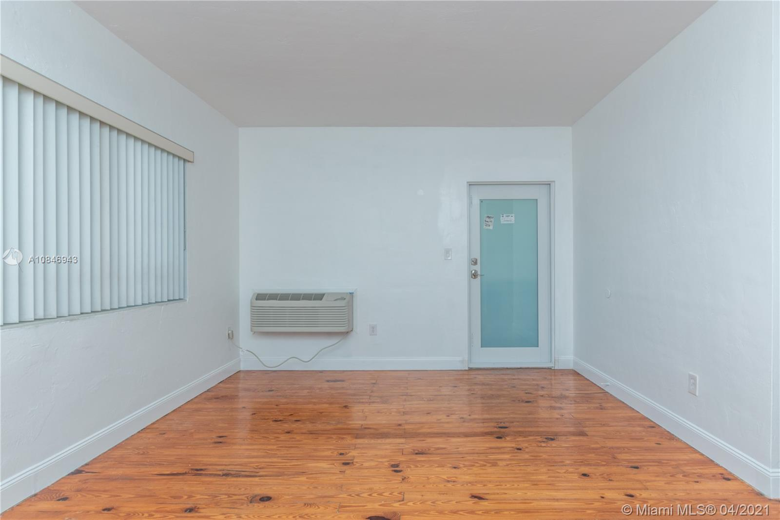 7315  Byron Ave #10 For Sale A10846943, FL