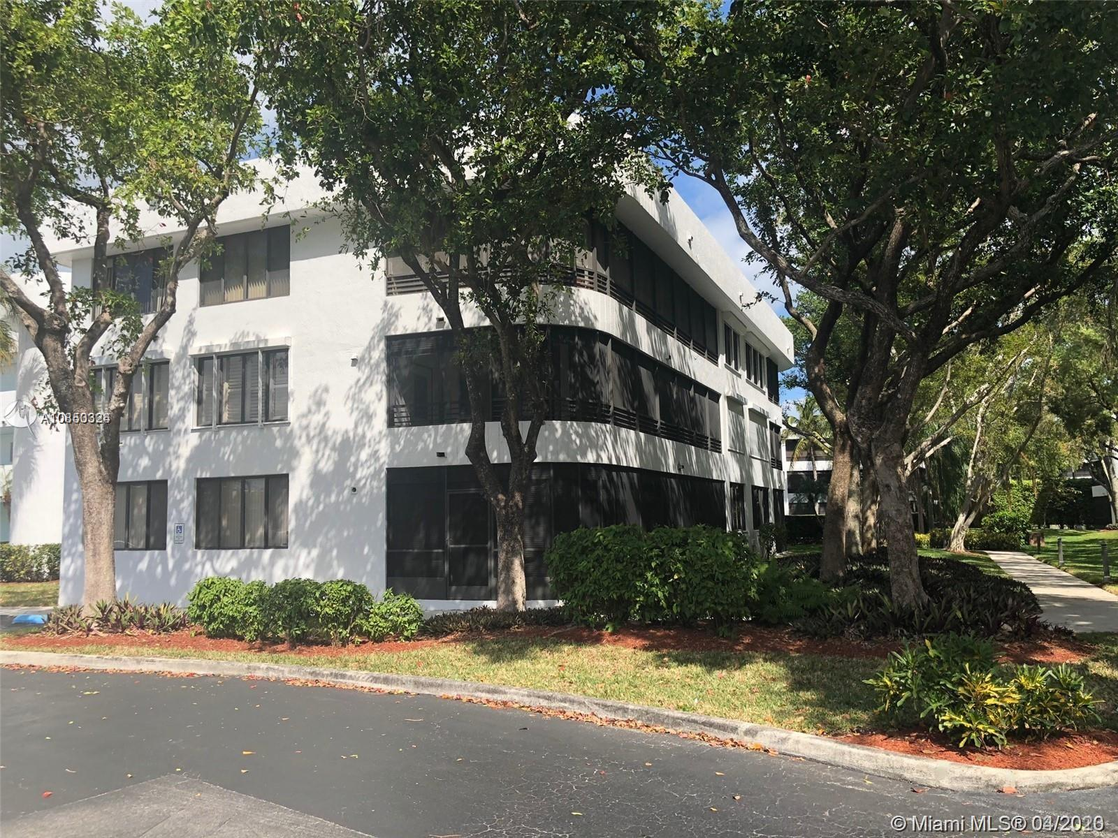 1490  Sheridan St #18A For Sale A10850324, FL