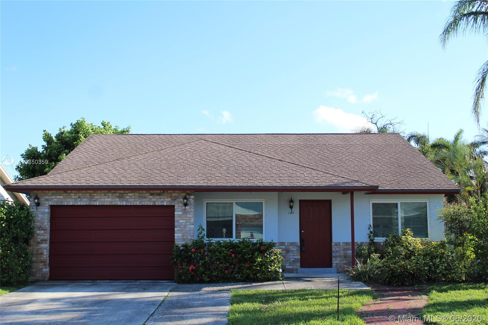 149  Wandering Trail  For Sale A10850359, FL