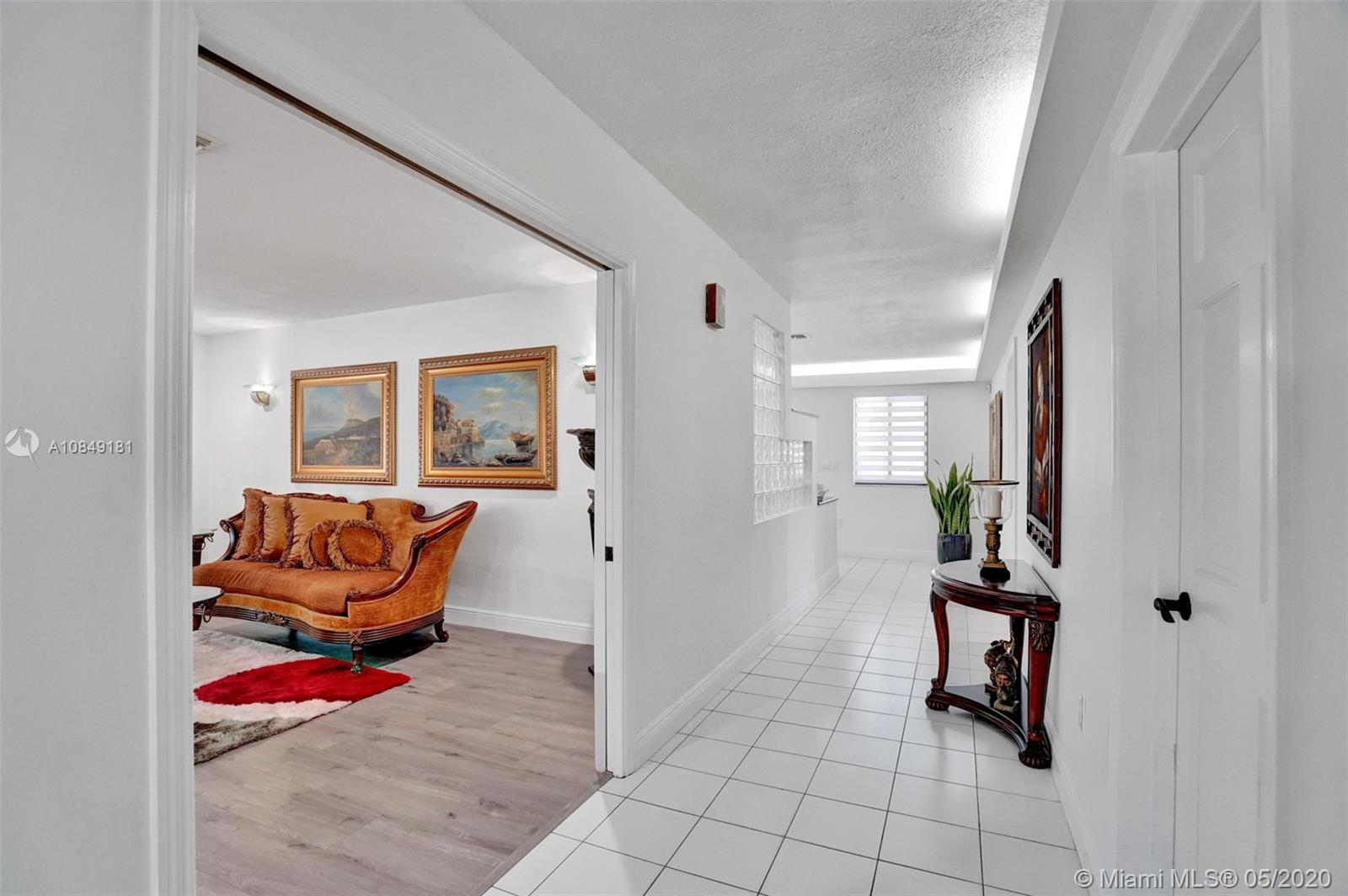 10350 SW 128th St  For Sale A10849181, FL