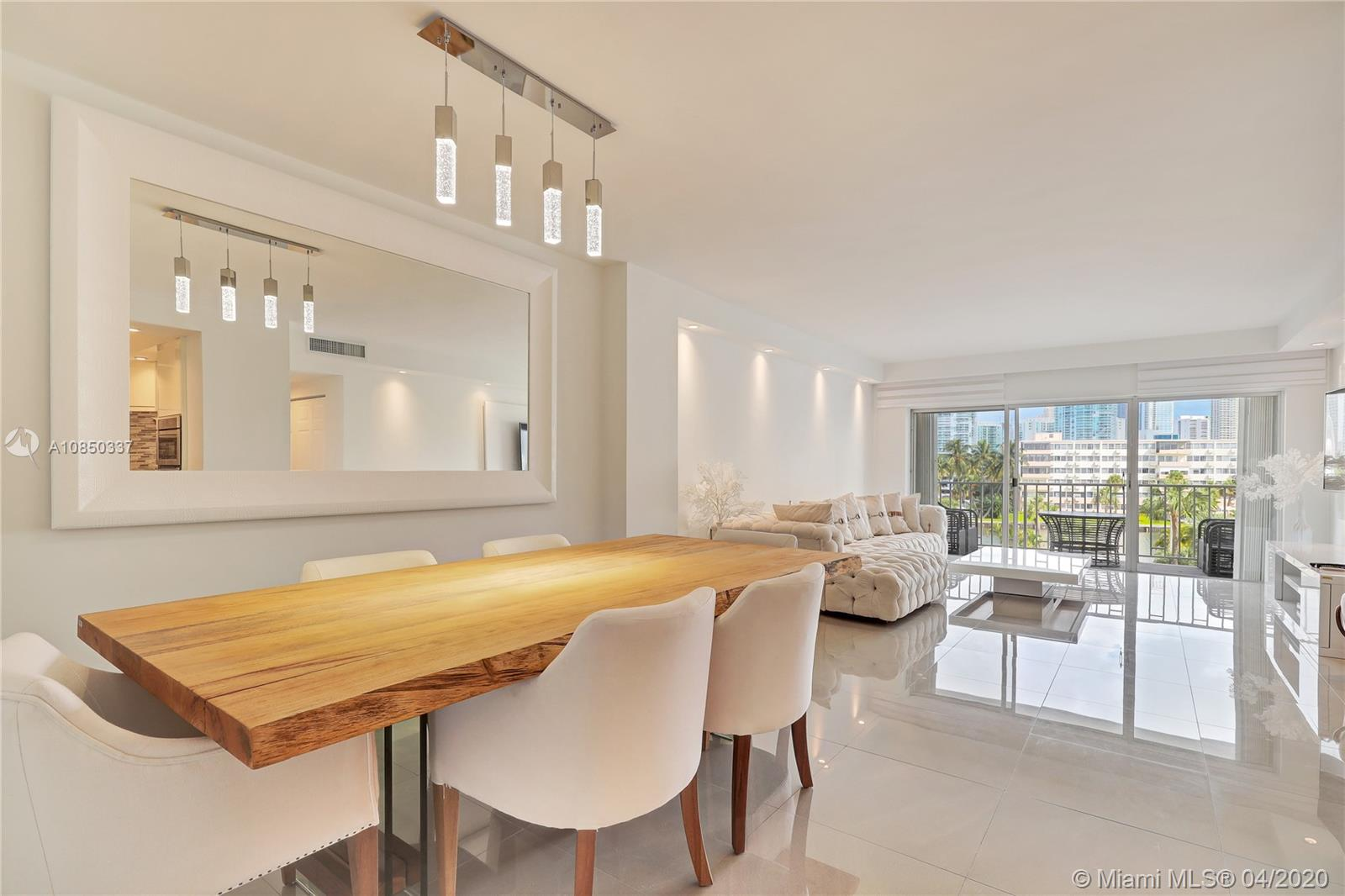 300  Bayview drive #307 For Sale A10850337, FL