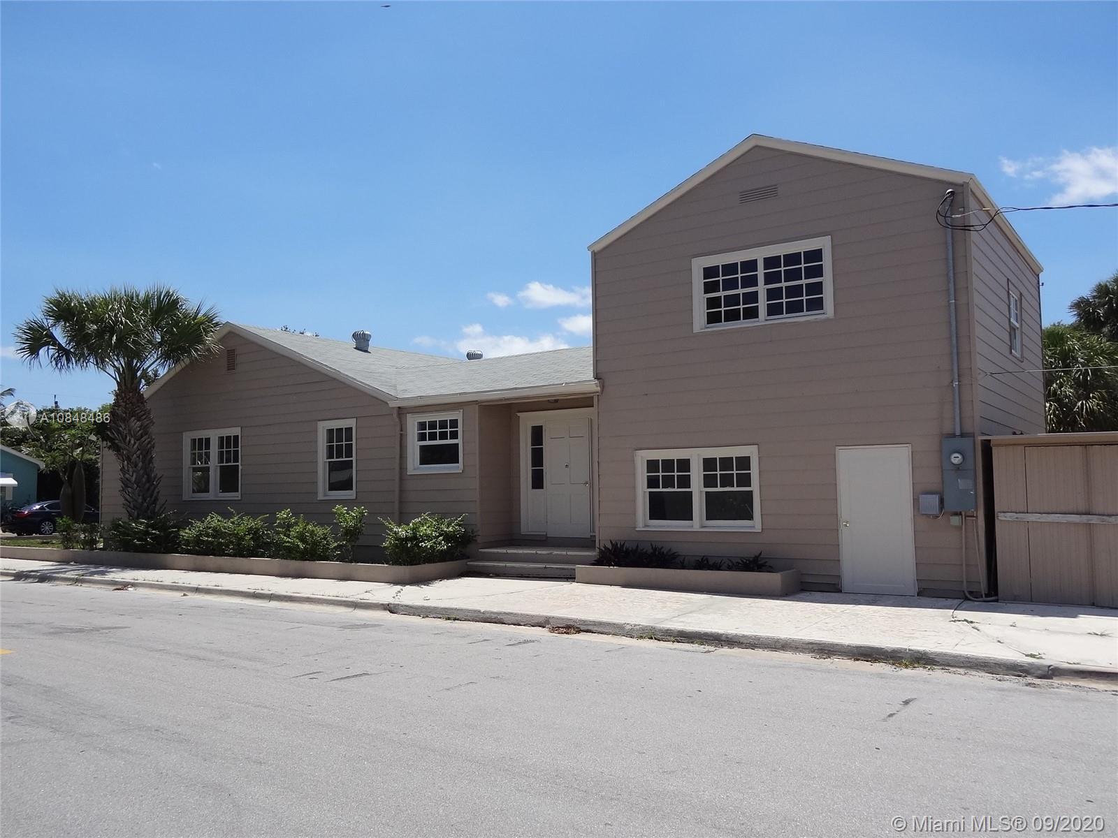 1031 N J St, Lake Worth, FL 33460