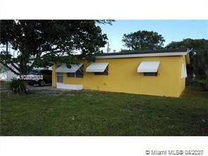 1050 NW 23rd Way  For Sale A10850703, FL