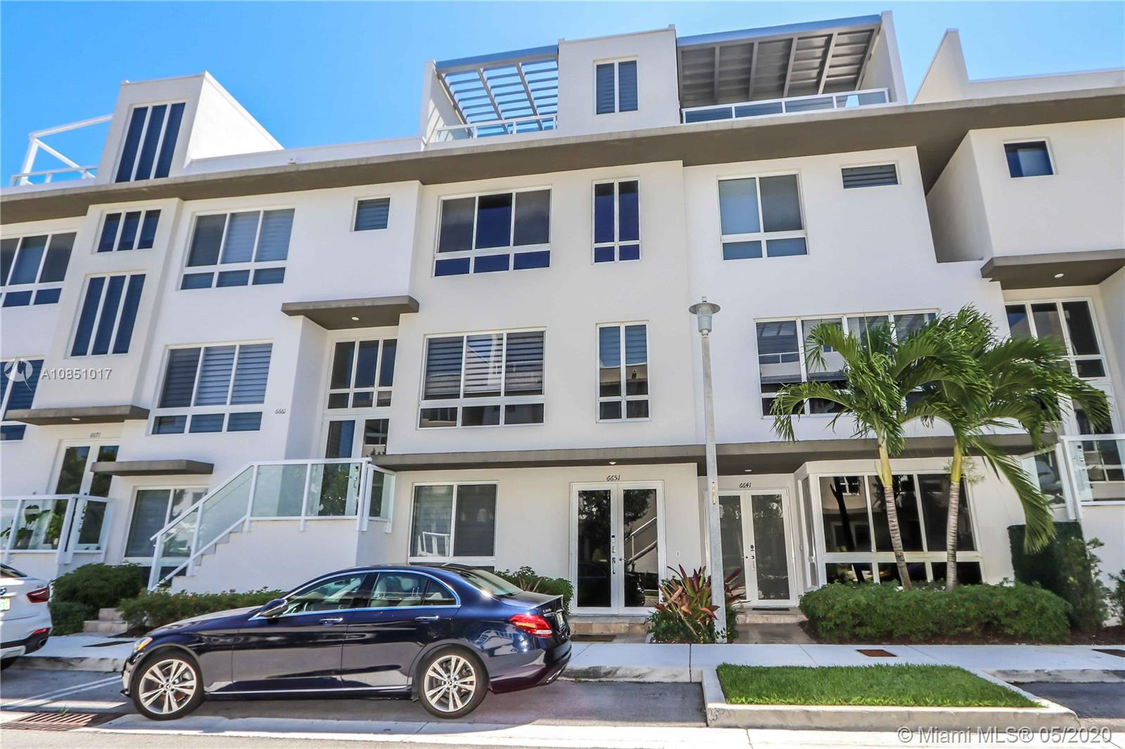6651 NW 105th Ct #6651 For Sale A10851017, FL