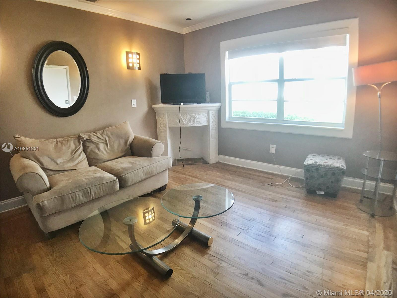 1535  Meridian Ave #4 For Sale A10851201, FL