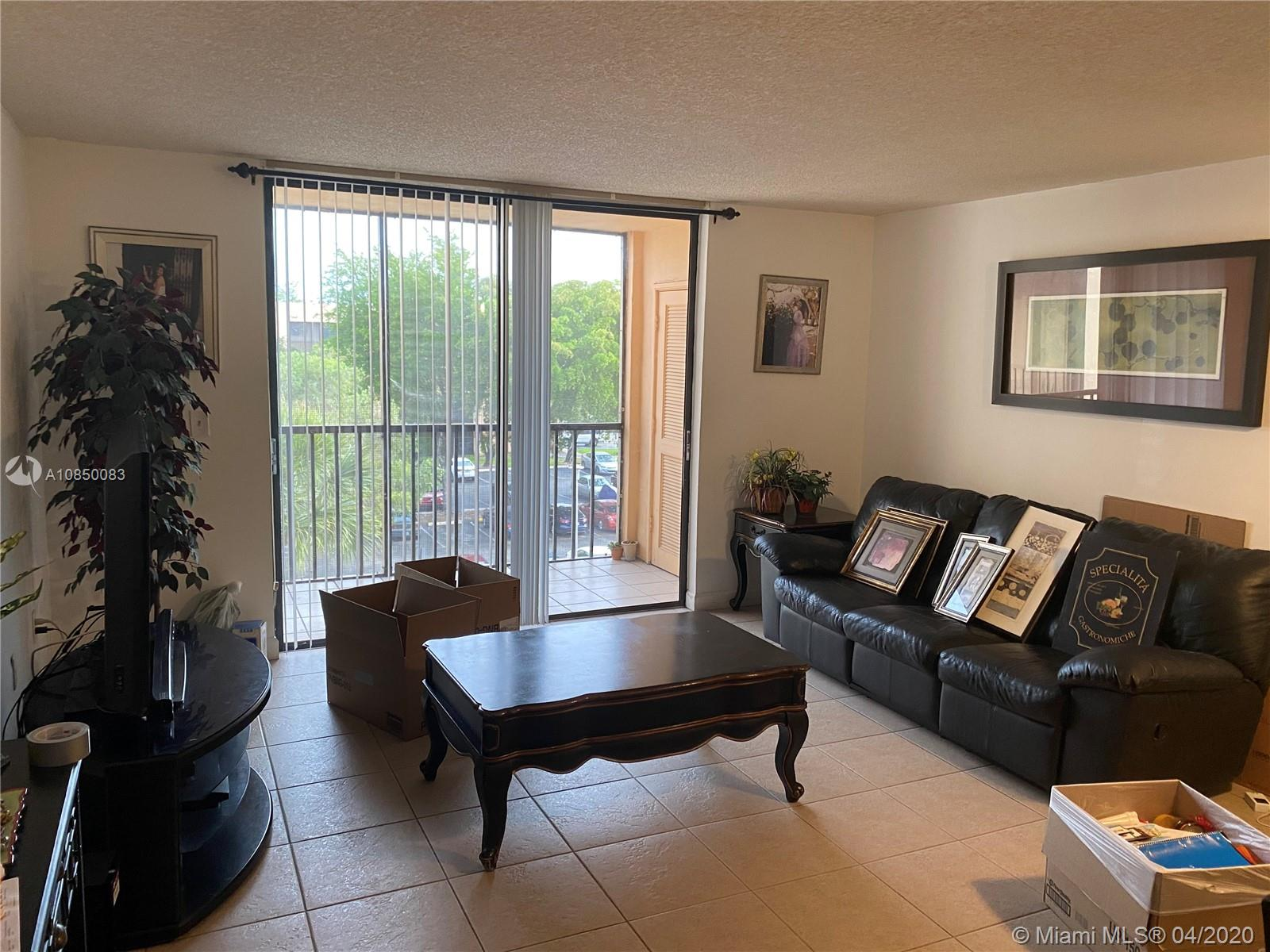 8400 SW 133rd Ave Rd #422 For Sale A10850083, FL