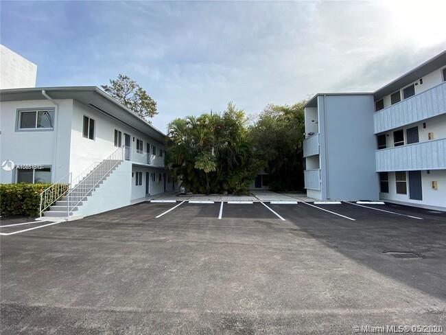 3071 SW 27 AV #12 For Sale A10851612, FL