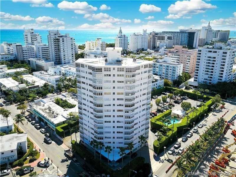 1881  Washington Ave #6A For Sale A10851706, FL