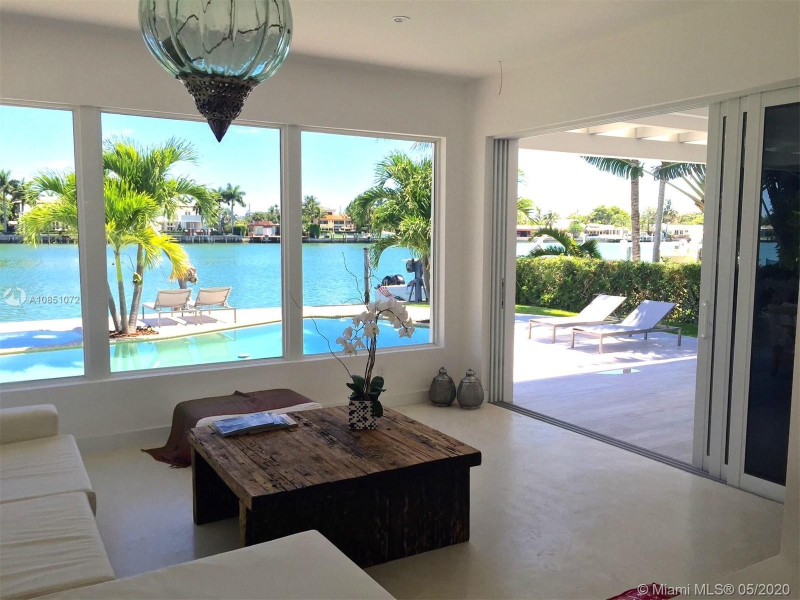 365 N Shore Dr  For Sale A10851072, FL