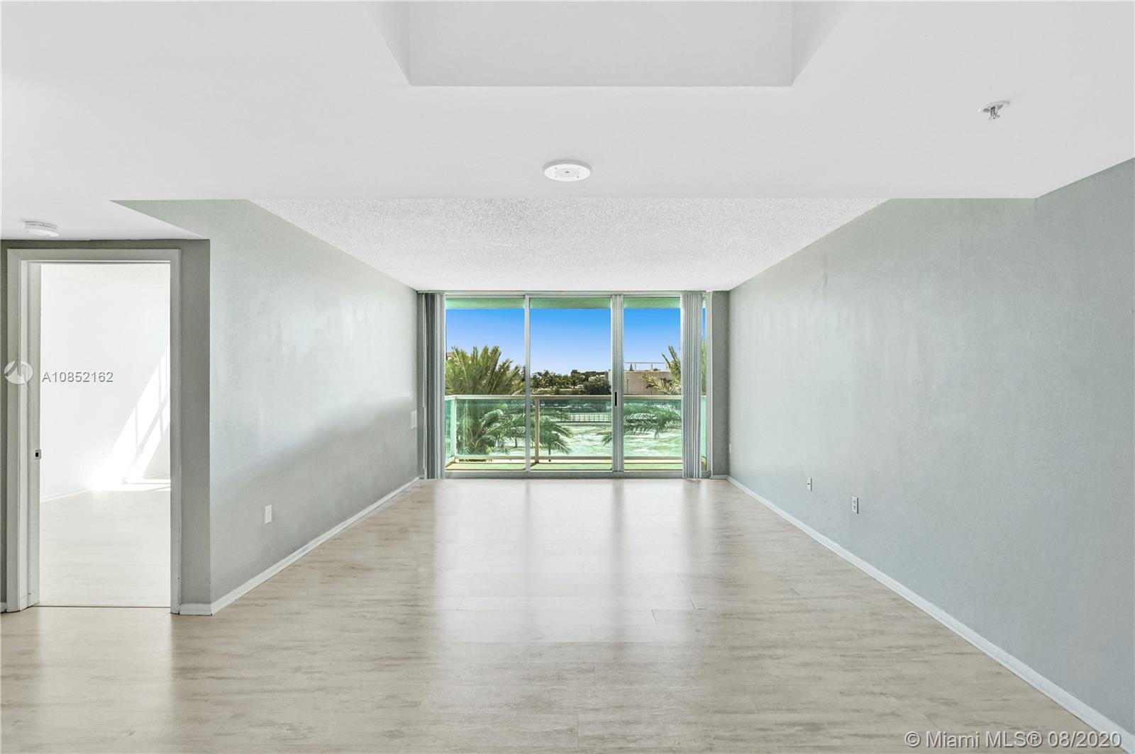 650  West Ave #404 For Sale A10852162, FL