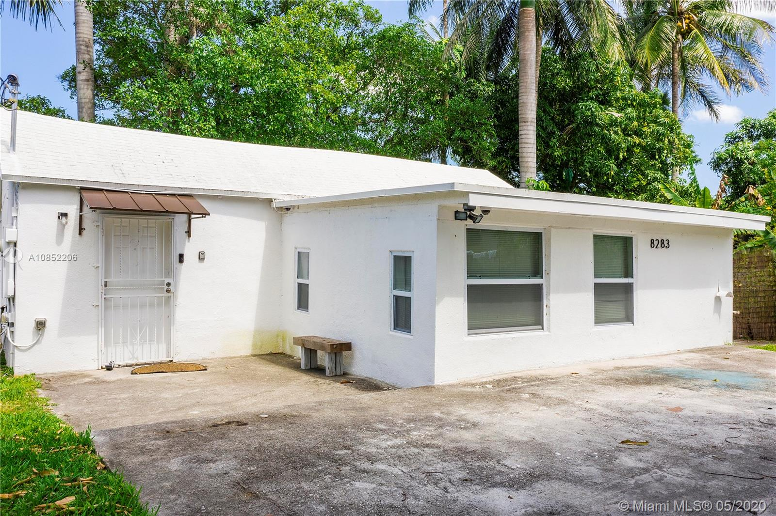 8283 NW 1st Pl  For Sale A10852206, FL