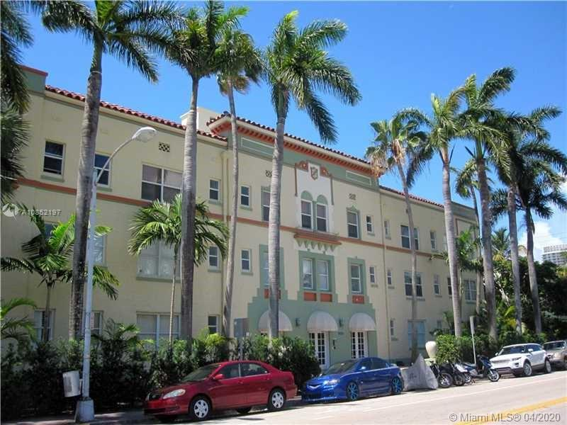 900  16th St #205-A For Sale A10852197, FL
