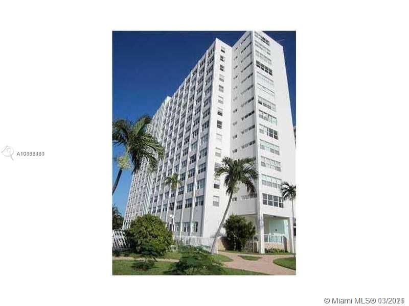 1250  West Ave #3A For Sale A10852461, FL
