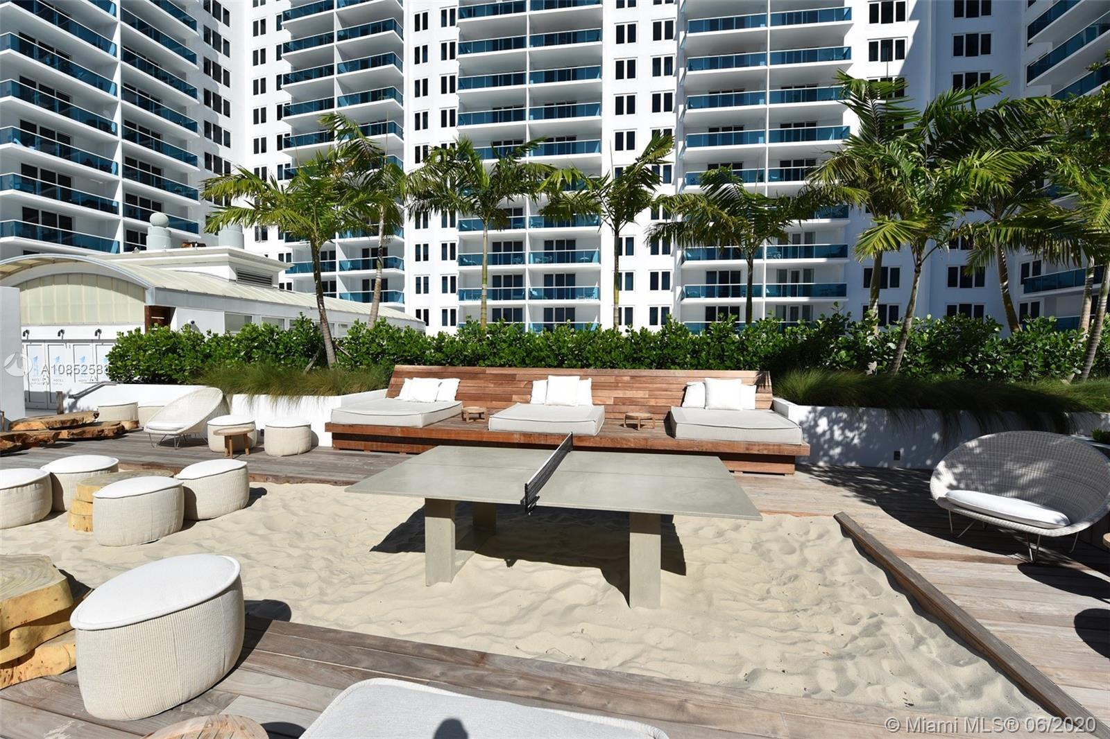 2301  Collins Ave #631 For Sale A10852583, FL