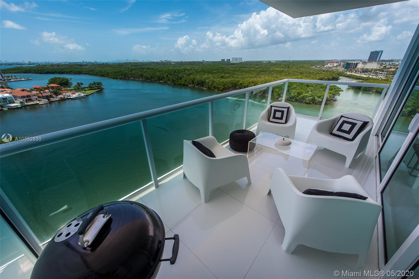 Huge and Beautiful CORNER UNIT !!! 3bed/3 bath. Amazing decorated!!! 400 Sunny Isles Building Tower West. Enjoy beautiful views of the Intercostal and the Ocean from your balcony, top of line appliances, huge closets. Luxury building, swimming pool, sauna, spa, gym, bar, marina and more