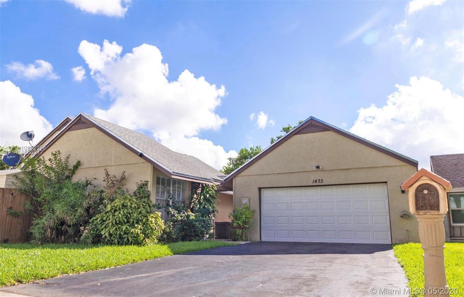 1433  Kittiwake Ct  For Sale A10852278, FL