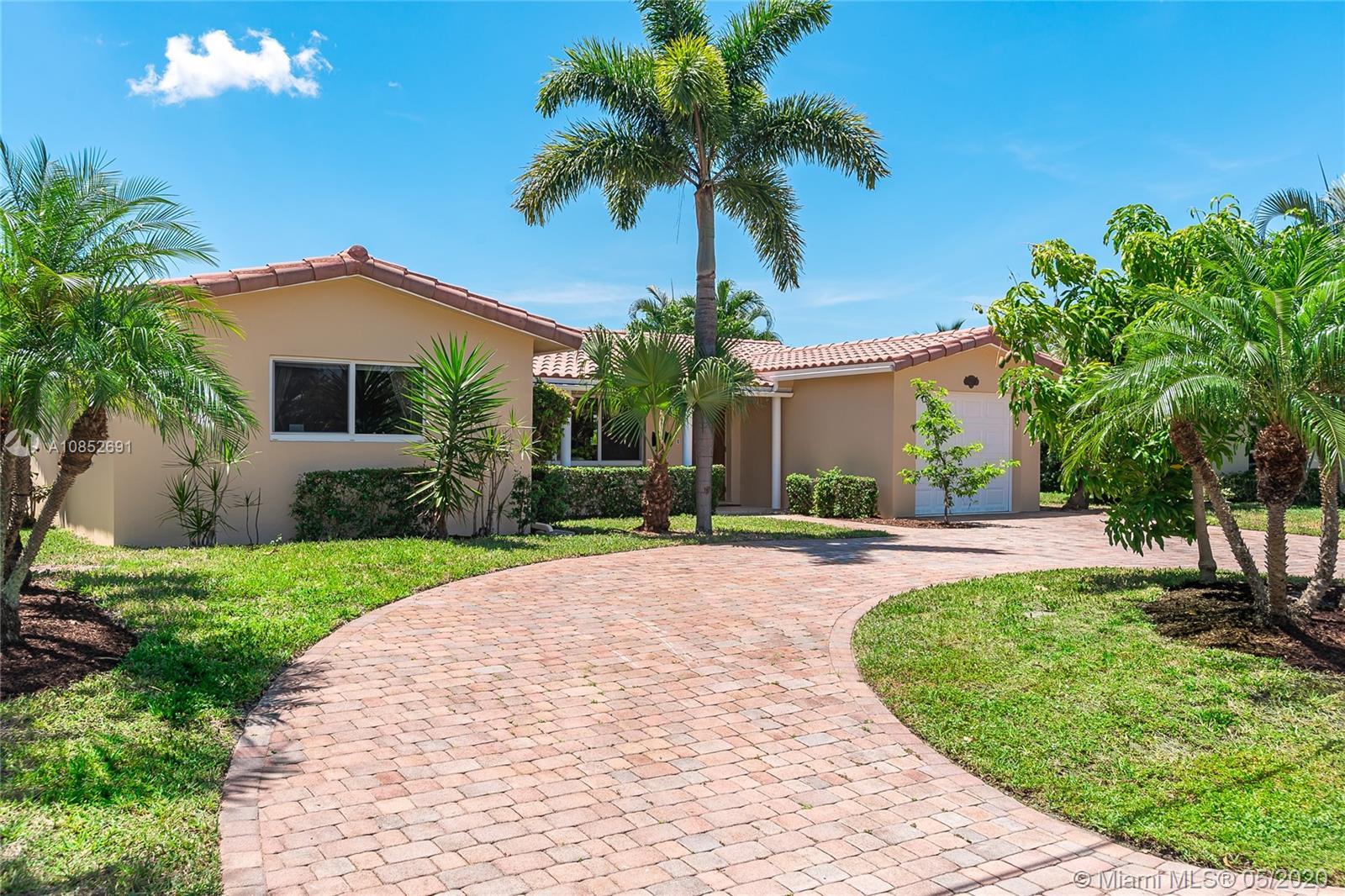 1472 NE 53rd Ct  For Sale A10852691, FL