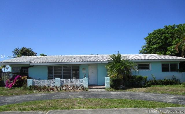 3317  Mckinley St  For Sale A10853106, FL