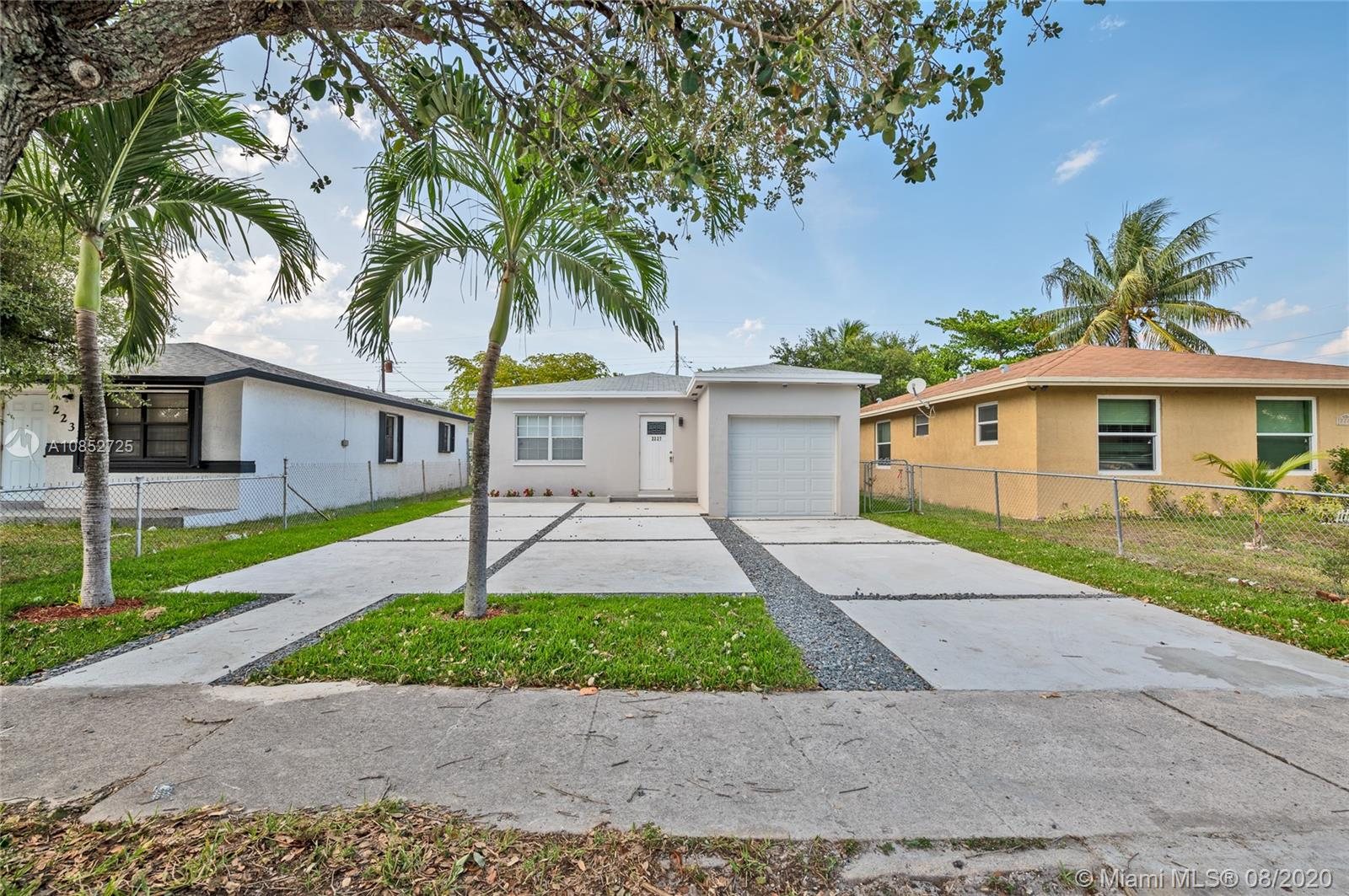 2227  Cody St  For Sale A10852725, FL