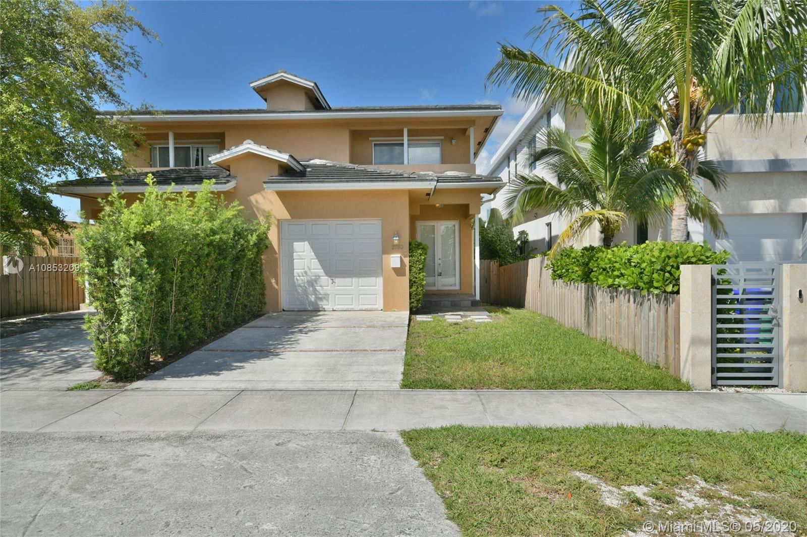 2782 SW 33 AVE  For Sale A10853209, FL