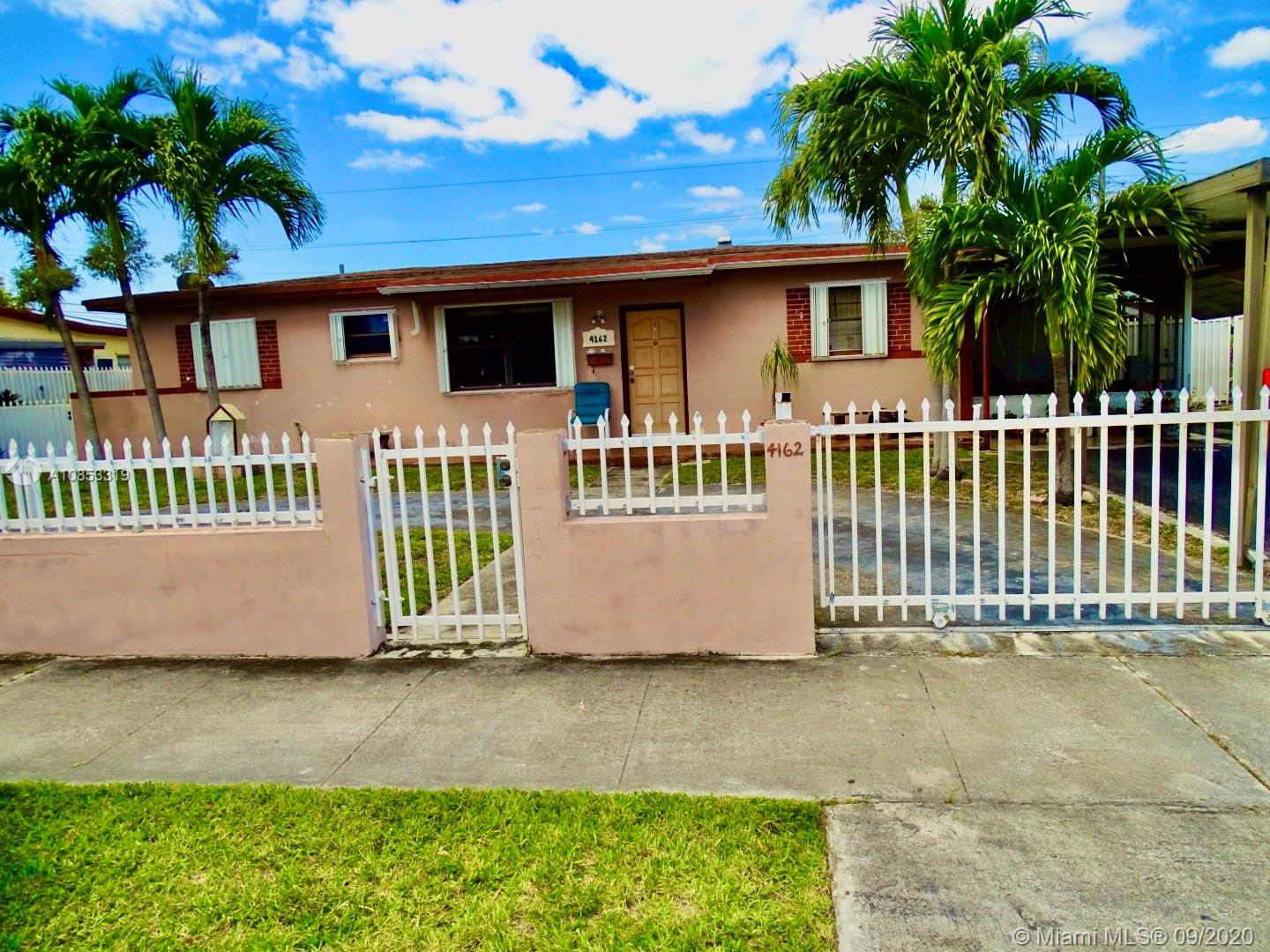4162 SW 98th Ave  For Sale A10853319, FL