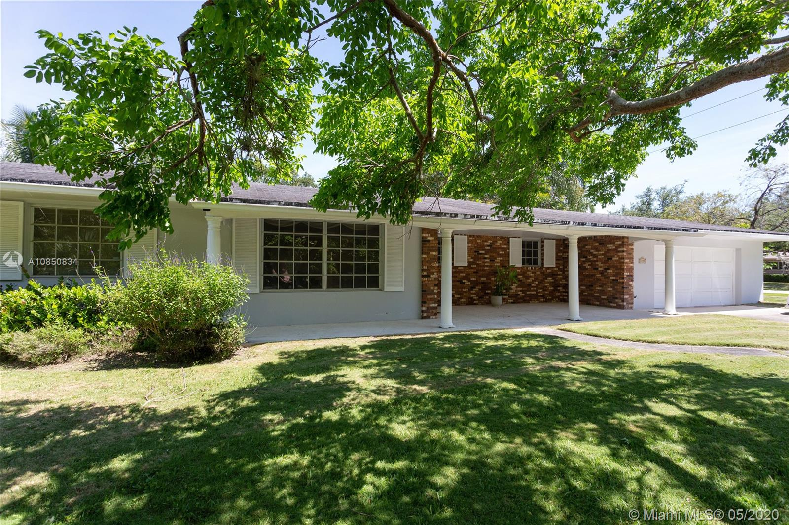 8225 SW 108th St  For Sale A10850834, FL