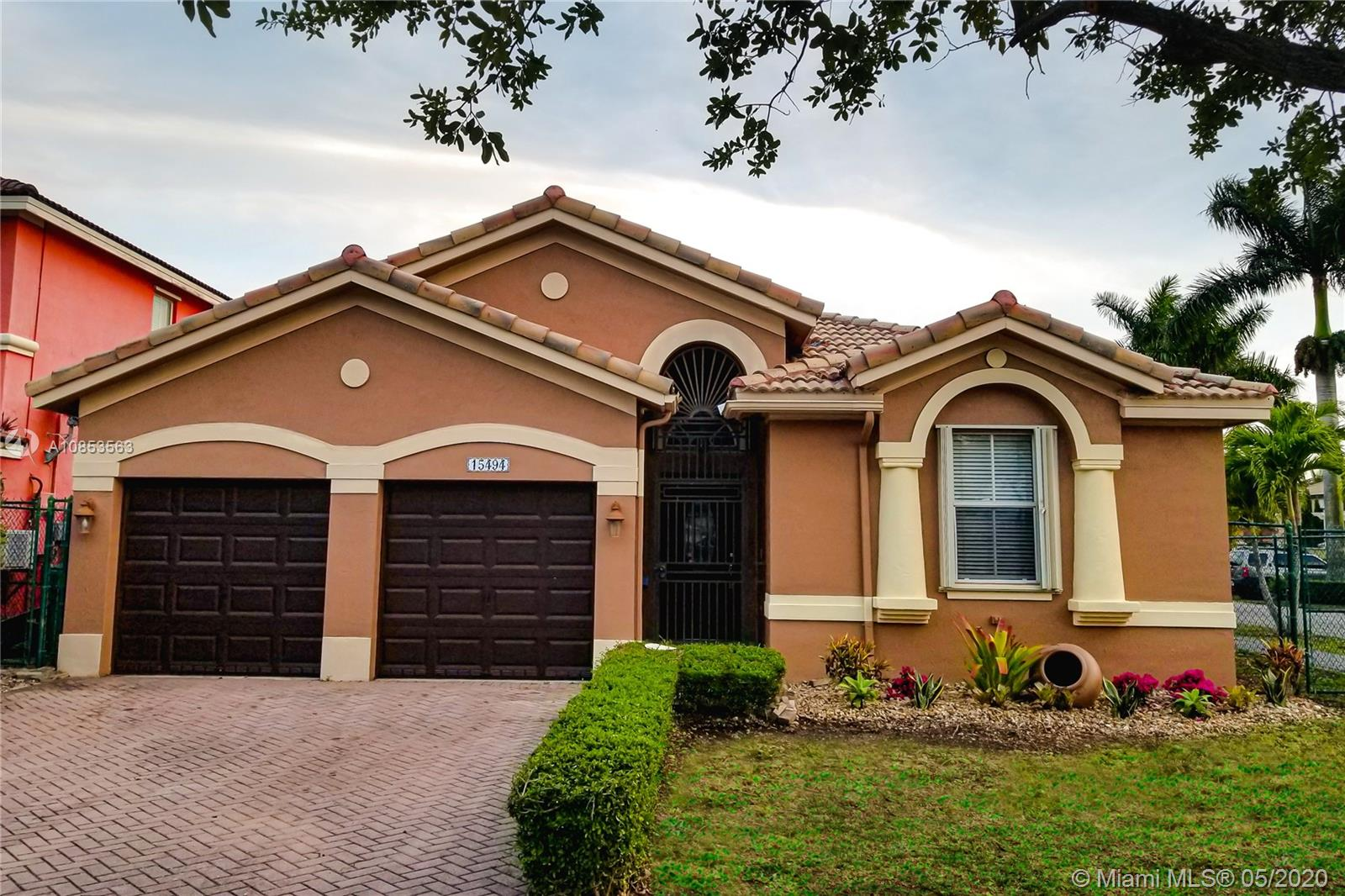 15494 SW 23rd Ln  For Sale A10853563, FL