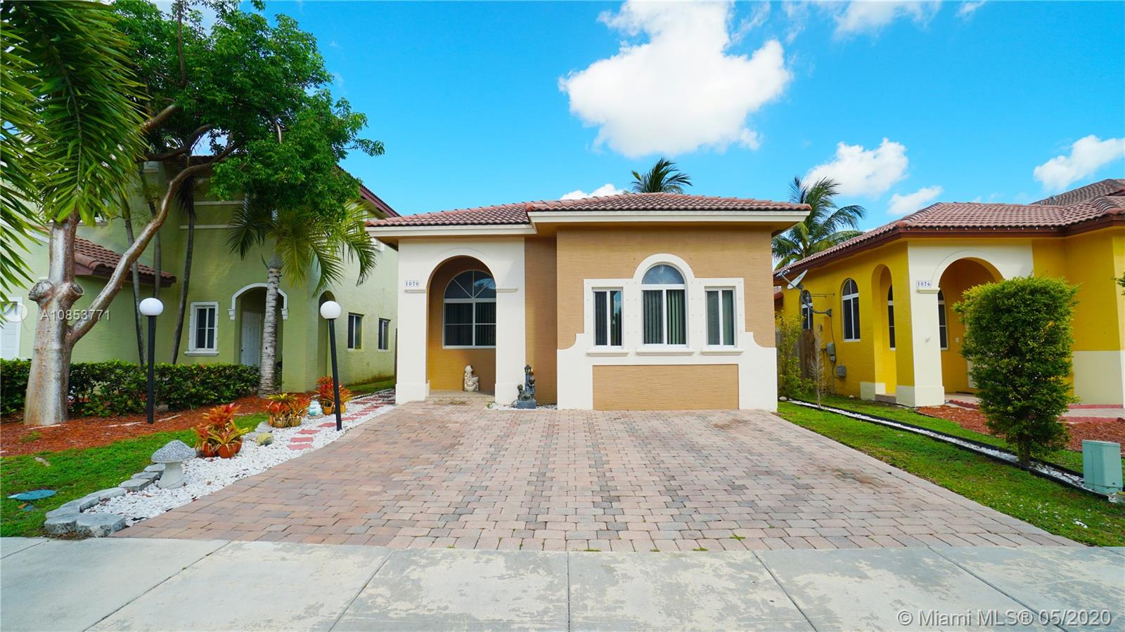 1070 NE 41ST AVE  For Sale A10853771, FL